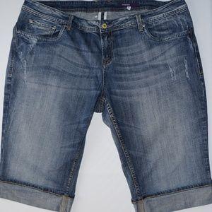 VIGOSS Jean Shorts size 24